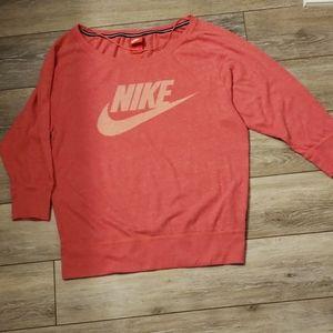 Womens Nike 3/4 sleeve shirt sz M